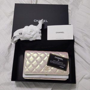 Chanel 2020 Iridescent Ivory Lambskin WOC
